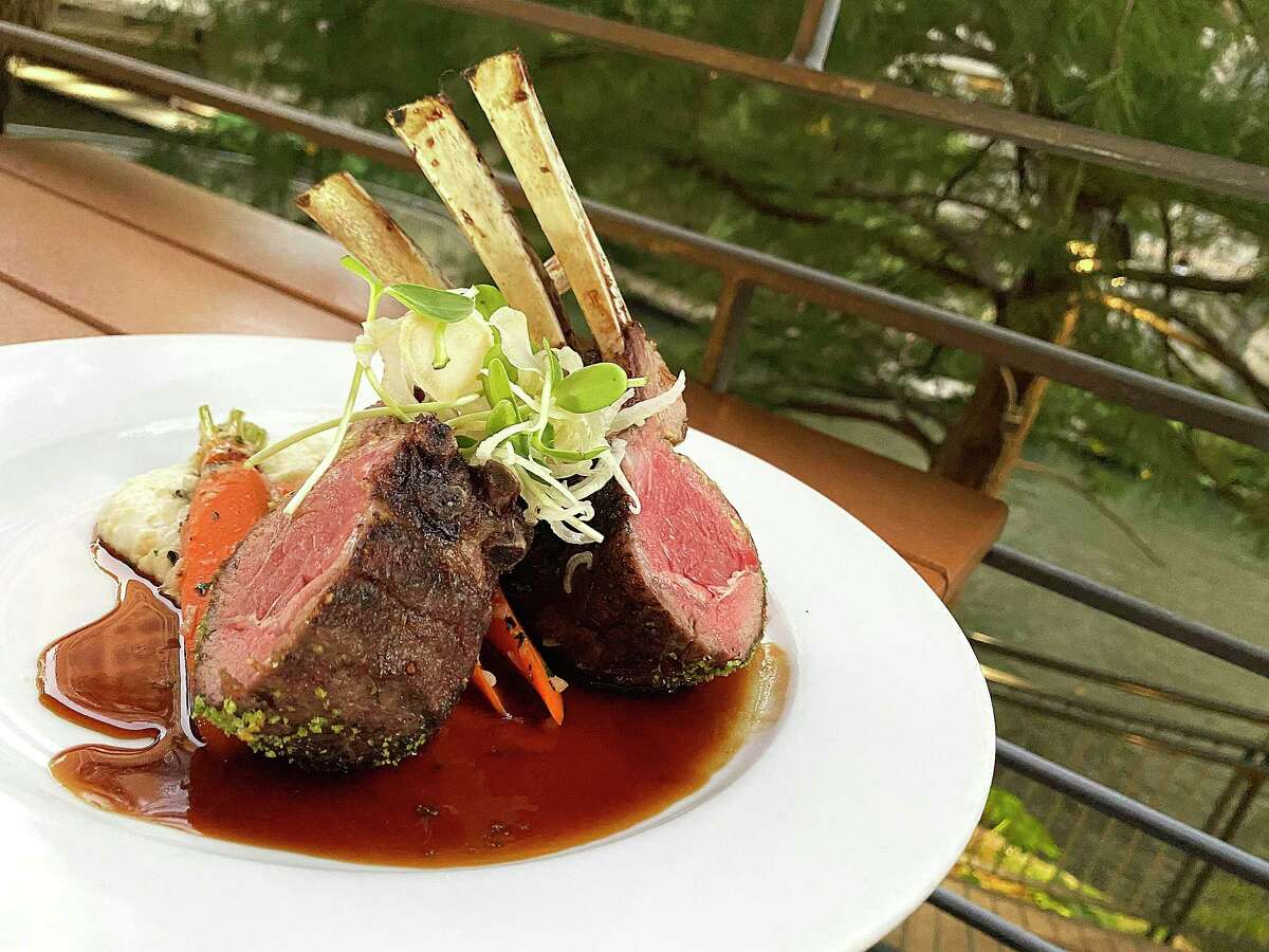 Locally owned and operated restaurants on the San Antonio River Walk range from upscale destinations like Biga on the Banks, famous for its lamb chops, to modest Tex-Mex joints and Texas-style cafes.