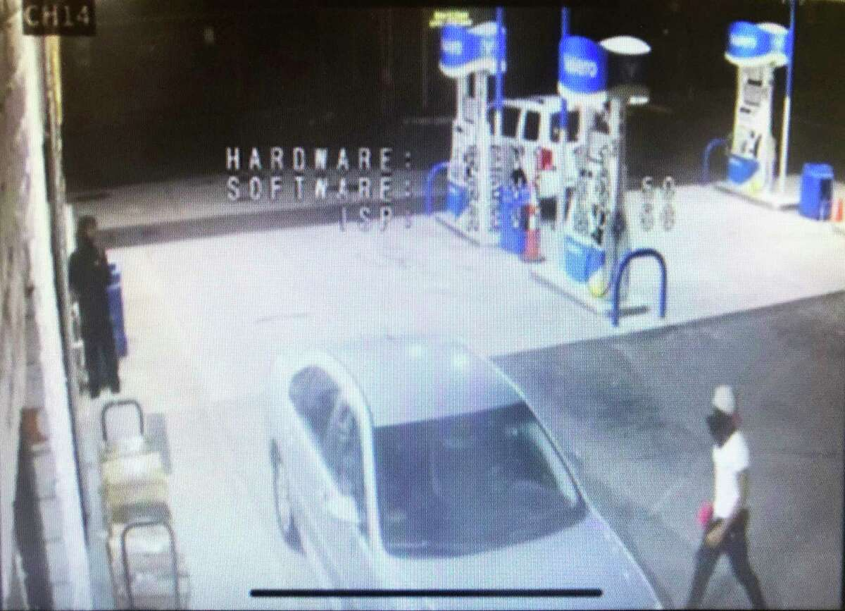 Middletown police video footage shows two suspects in a car theft at Valero Gas Station at 339 S. Main St. Aug. 21. The case is unsolved, authorities said.
