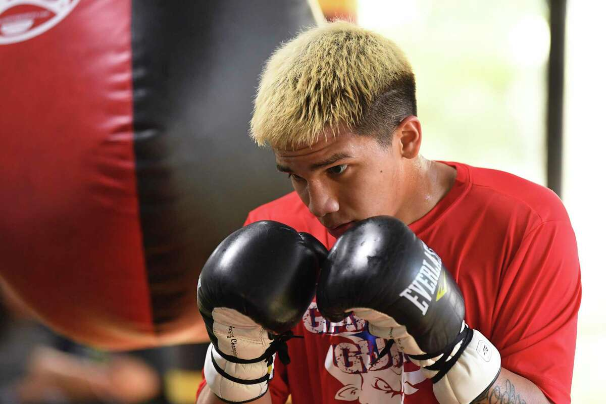 """Boxer Jesse """"Bam"""" Rodriguez hopes to join his brother, Joshua Franco, among the ranks of boxers with world championships."""