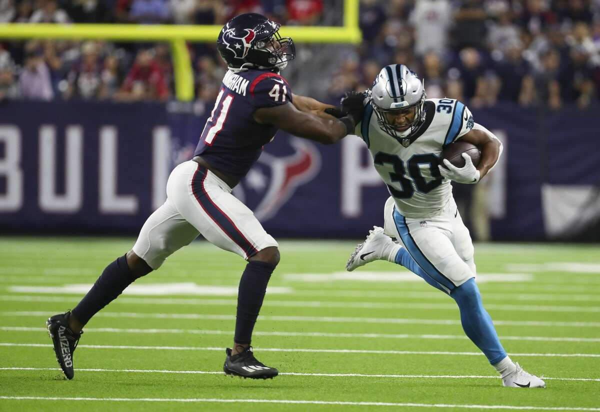 The Texans will have to play without veteran linebacker Zach Cunningham (41) and defensive tackle Ross Blacklock on Sunday at Buffalo.
