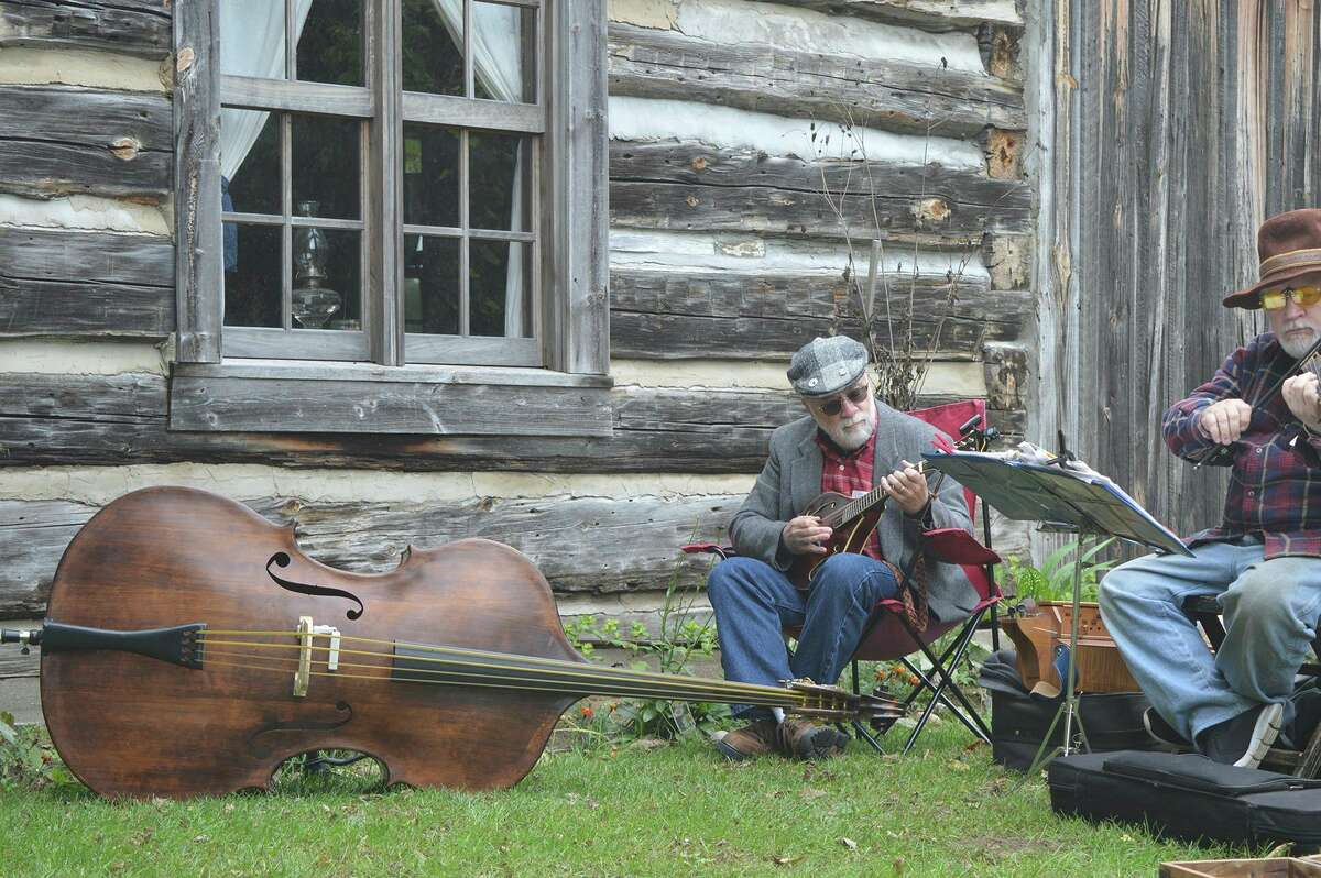 Visitors to Chippewa Nature Center's annual Fall Harvest Festival on Oct. 2 will enjoy traditional music by Tinkers Folly. (Photo provided)