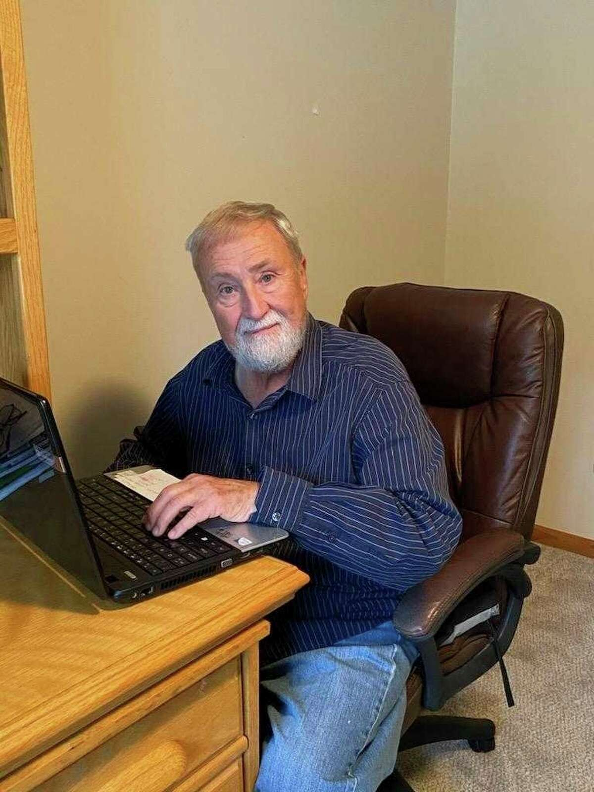 Rich Harp's time at the keyboard will no longer be in an effort to wrap up a story, as Harp has decided to retire from journalism. (Courtesy Photo)