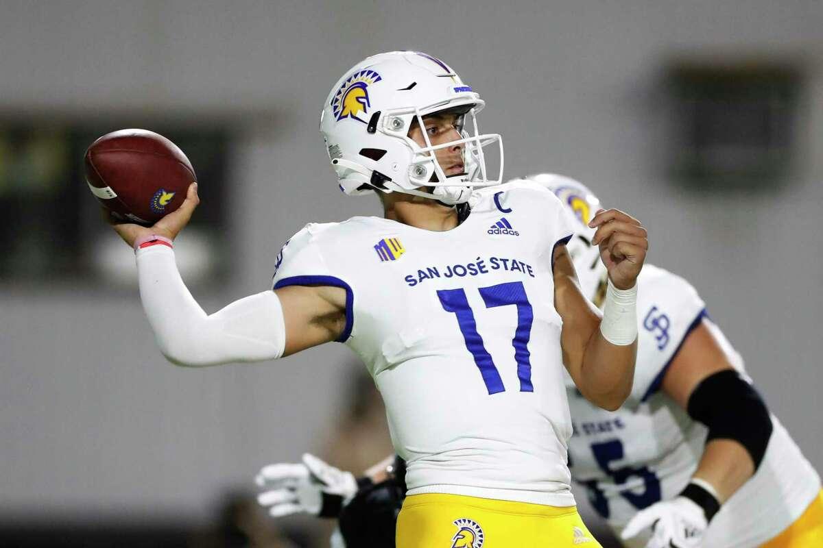 San Jose State quarterback Nick Starkel (17) in action against Hawaii, Saturday, Sept. 18, 2021, in Honolulu. (AP Photo/Marco Garcia)(AP Photo/Marco Garcia)
