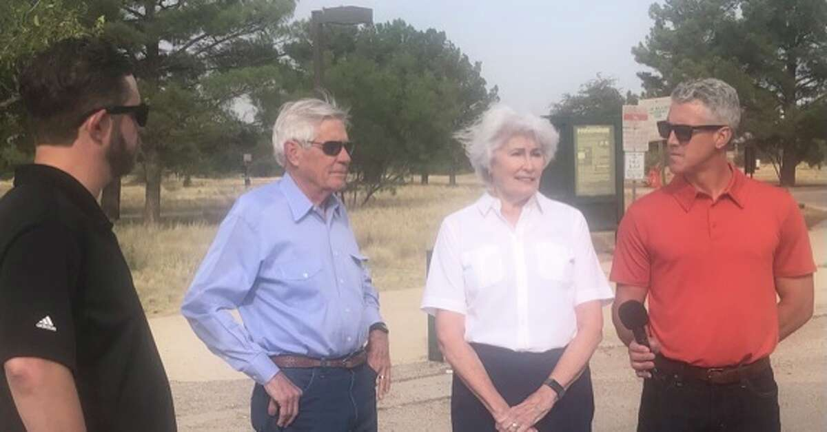 Councilman Jack Ladd, Tevis Herd, Sharla Hotchkissand John Hendricks with Midland Disc Golf Club take part in an event at Windlands Park this week.