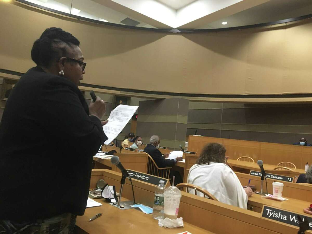 New Haven Alder Evette Hamilton, D-24, chairwoman of the New Haven Board of Alders Finance Committee, presents the plan to create the new Department of Community Resilience Sept. 23, 2021.