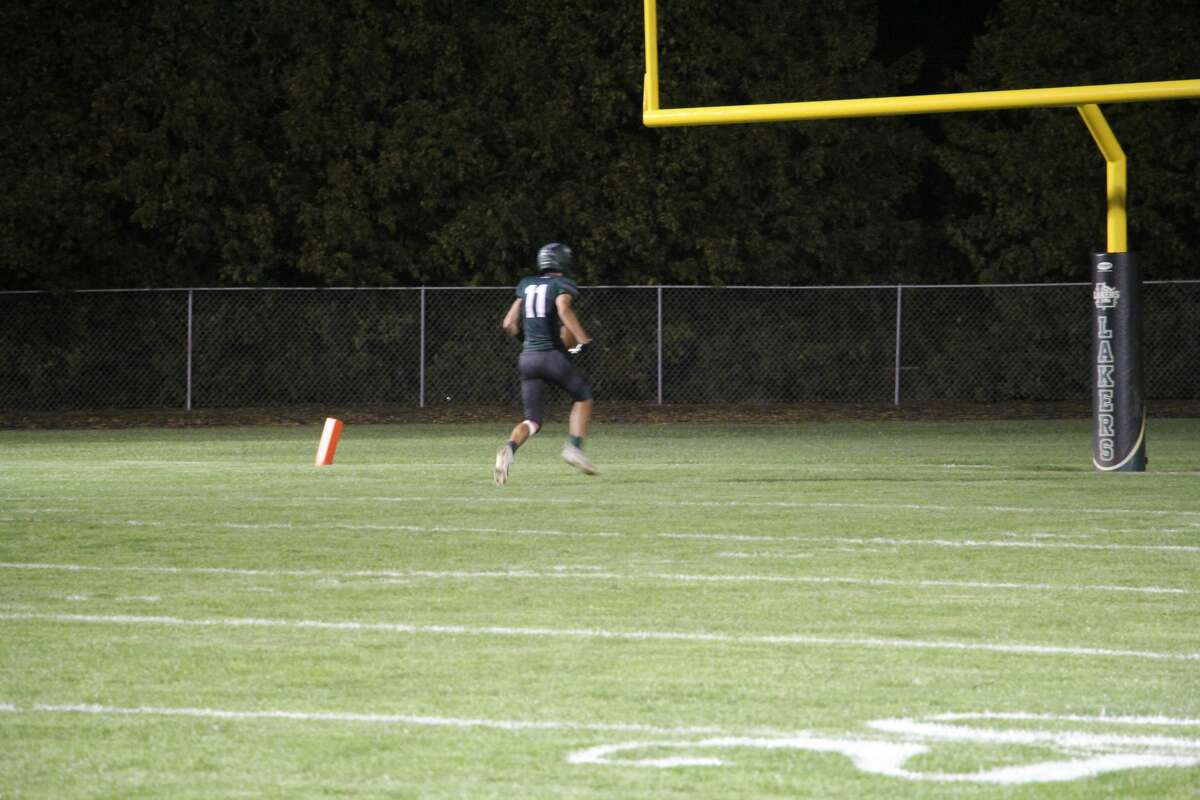 Dylan Wehner runs into the end zone.