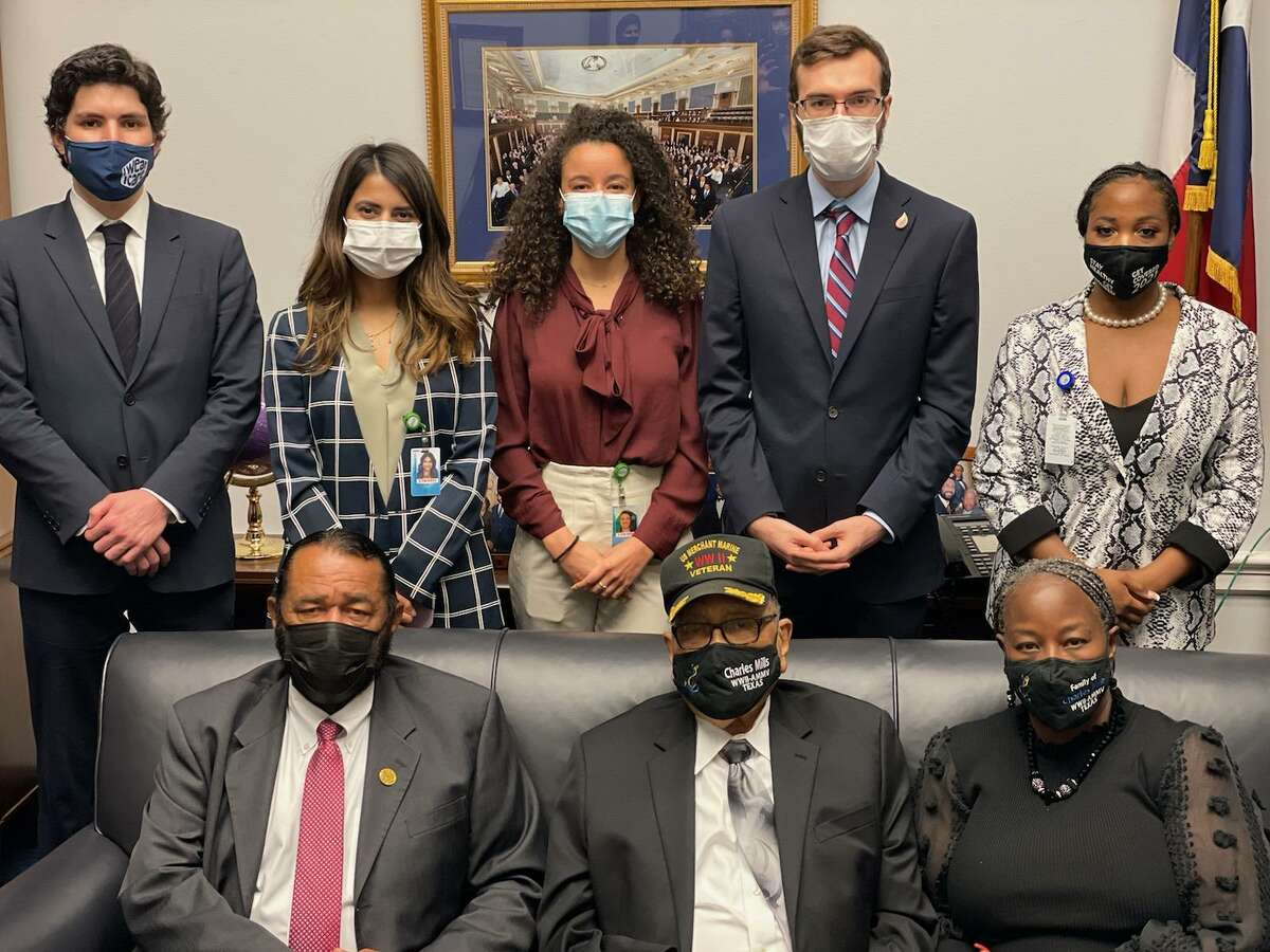 Rep. Al Green (D-Texas) and Charles Mills with the congressman's Washington, D.C., staff.