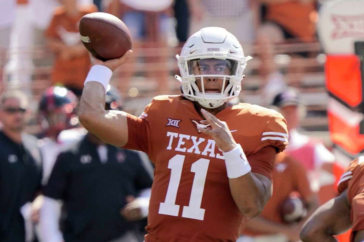 Casey Thompson's second career start for Texas netted him a Big 12 weekly accolade, with teammate Xavier Worthy earning one of his own.