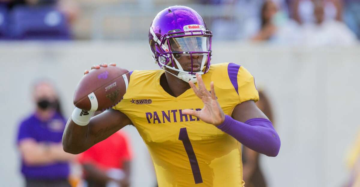 Prairie View A&M QB Jawon Pass (1) looks to throw during the first half of action between Houston Baptist University vs. Prairie View A&M during a College football game at the Panther Stadiium/Blackshear Field, Saturday, September 18, 2021, in Prairie View A&M. (Juan DeLeon/Contributor)