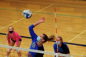 Senior Sophie Wisniski finished the day with 37 kills to lead the Portagers. (Courtesy photo/Megan McCarthy)