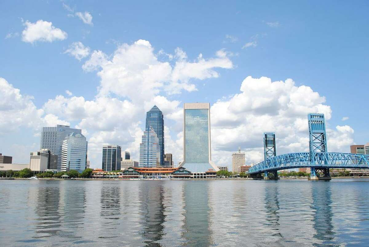 #20. Jacksonville, FL - Started a new job in Albany from Jacksonville in Q2 2020: 39--- #92 (tie) most common destination from Jacksonville- Started a new job in Jacksonville from Albany in Q2 2020: 18--- 0.3% of total new out-of-metro jobs- Net job flow: 21 to Albany