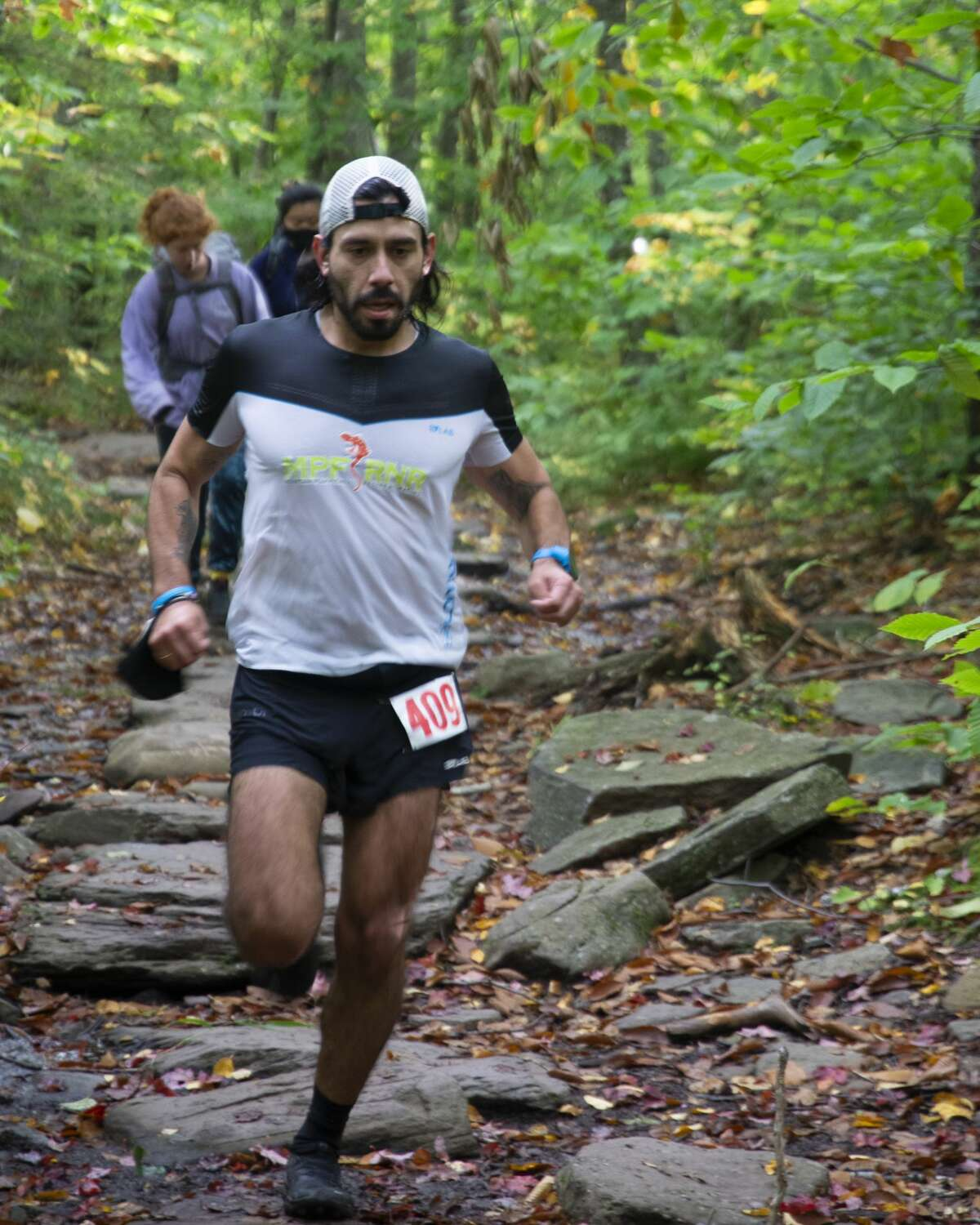 Jay Lemos descends from Giant's Ledge during the 2020 Cat's Tail marathon.