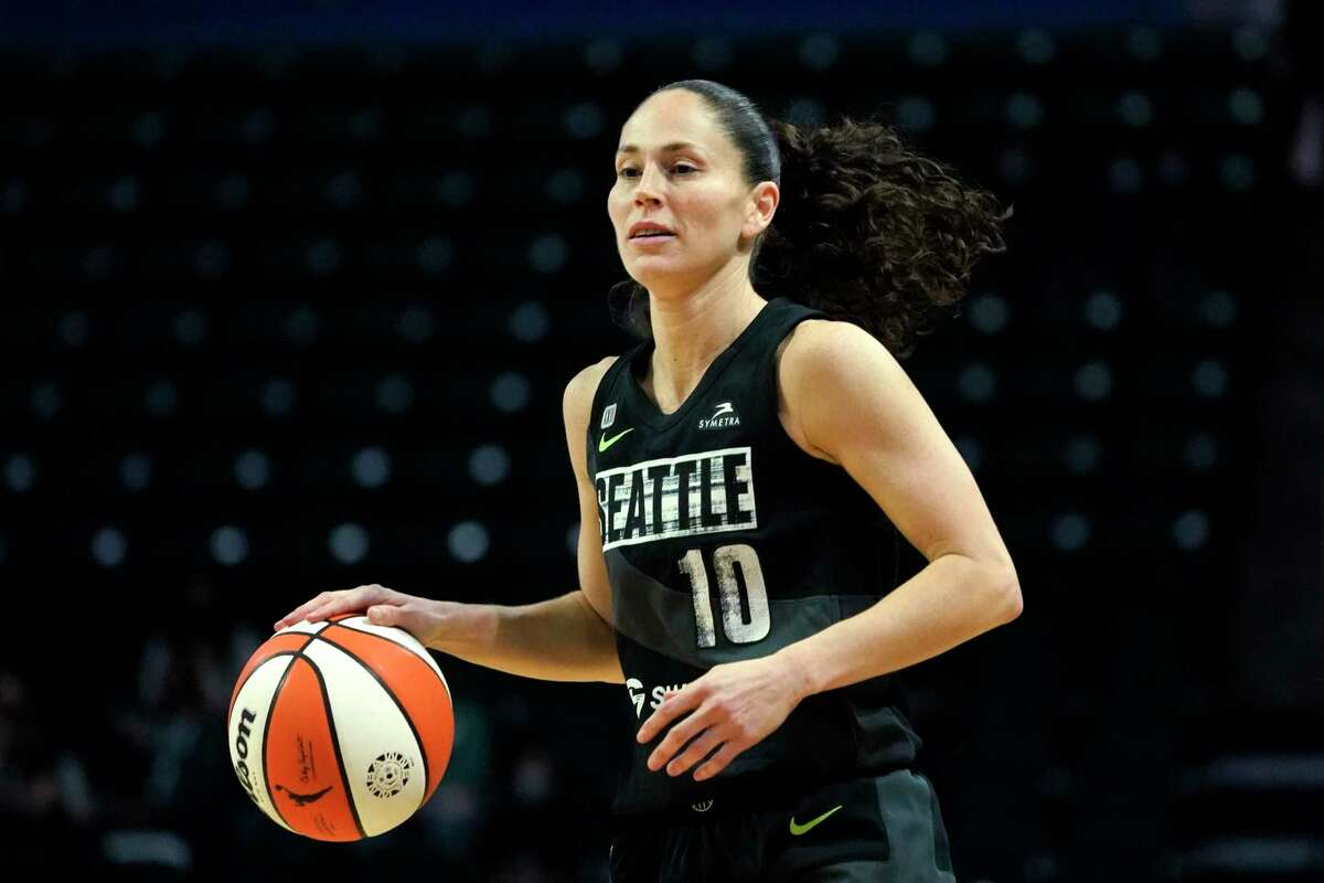 Seattle Storm's Sue Bird dribbles upcourt against the Phoenix Mercury in the first half of the second round of the WNBA basketball playoffs Sunday, Sept. 26, 2021, in Everett, Wash. (AP Photo/Elaine Thompson)