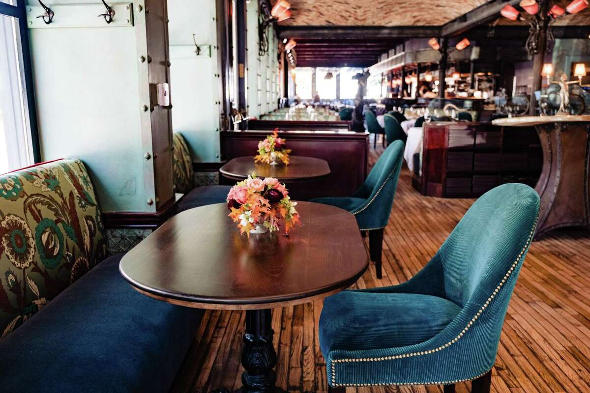 Boulevard is reopening with a new bar and lounge area geared toward casual dining.