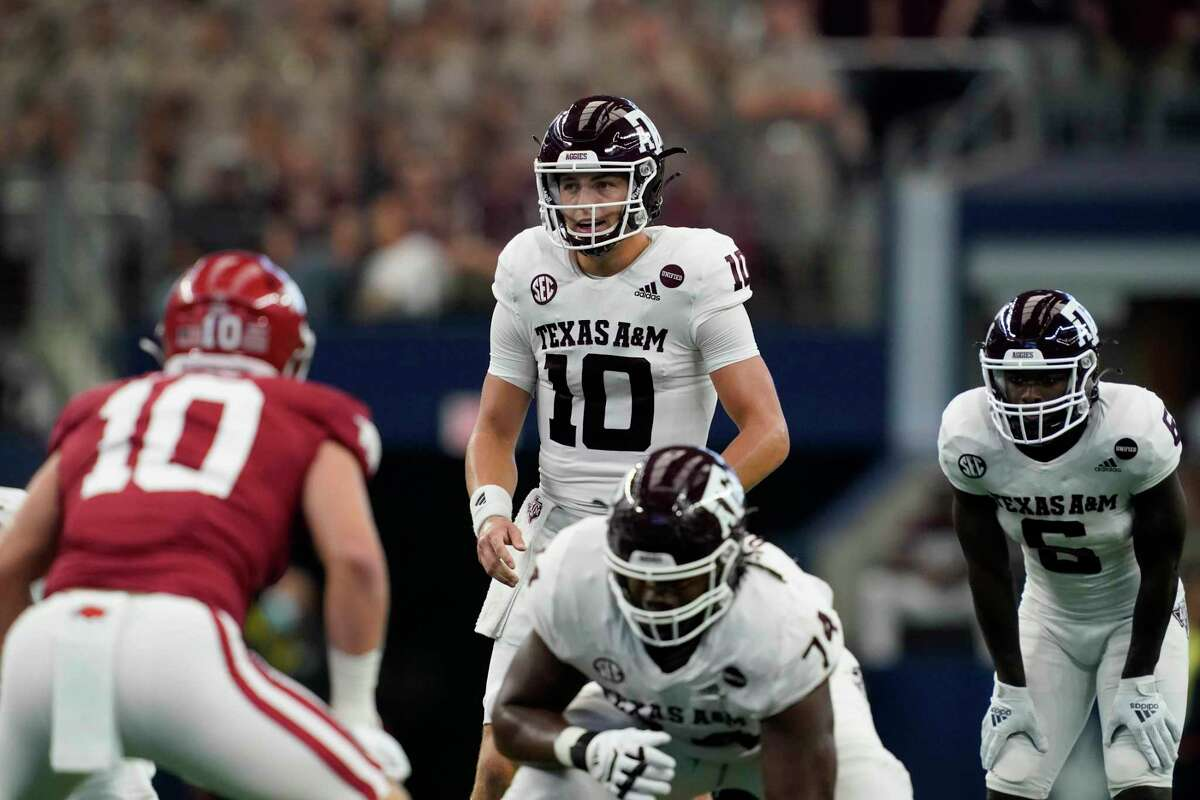 The A&M offense and QB Zach Calzada didn't hit the medium passes against Arkansas and scored only 10 points.
