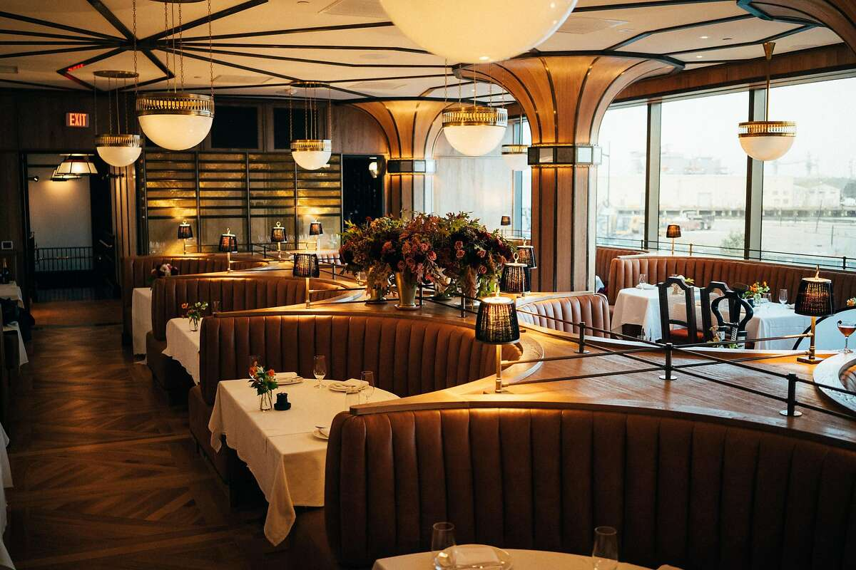 Miller & Lux, celebrity chef Tyler Florence's new steak house near Chase Center in San Francisco, is decked out in comfy, caramel-colored booths.