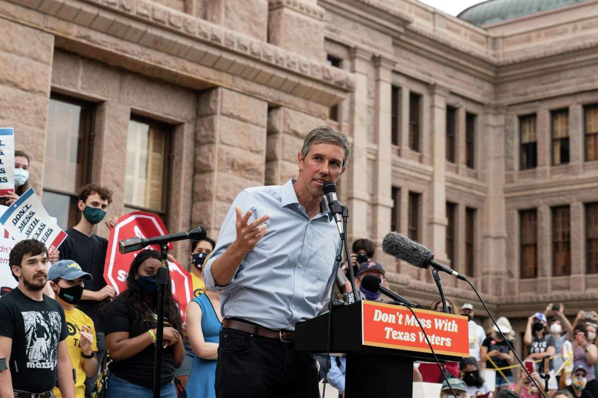 FILE - Former Rep. Beto O?•Rourke speaks at the Texas Capitol building in Austin, May 8, 2021. O?•Rourke has been calling Democratic leaders in Texas to tell them he is seriously considering challenging Gov. Greg Abbott in 2022. (Ilana Panich-Linsman/The New York Times)