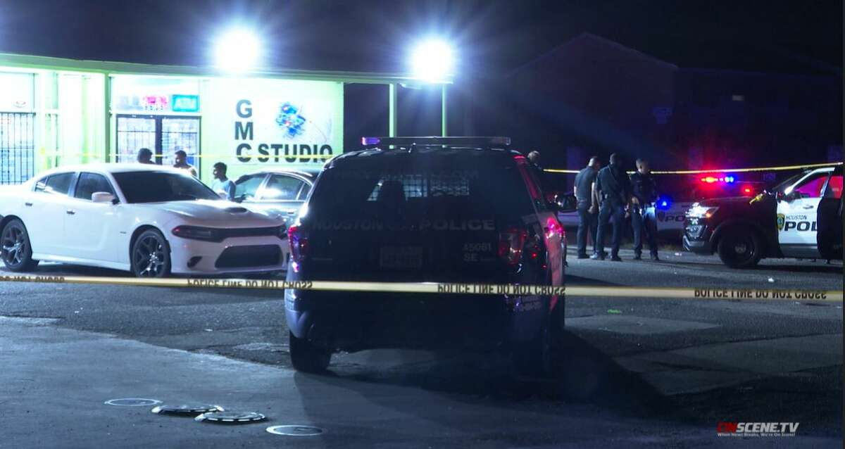 A 17-year-old was fatally shot in what appears to be an exchange of gunfire in a south Houston convenience store Monday night, according to Houston Police.