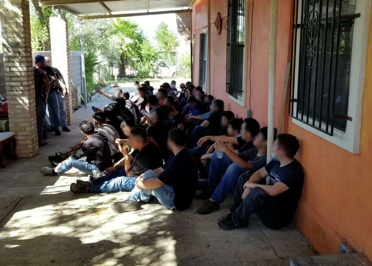 Federal and county authorities busted a south Laredo stash house. U.S. Border Patrol agents said they detained 51 migrants with the assistance of Homeland Security Investigations and the Webb County Precinct 2 Constable's Office.