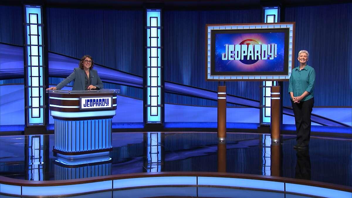 "Lori Waters, a retired New Braunfels high school teacher, will appear on ""Jeopardy!"" on Tuesday night."