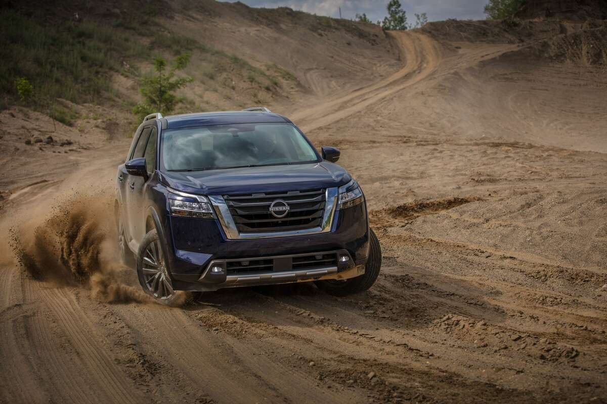 The 2022 Pathfinder is equipped Nissan's acclaimed 3.5-liter V-6, which produces 284 horsepower.