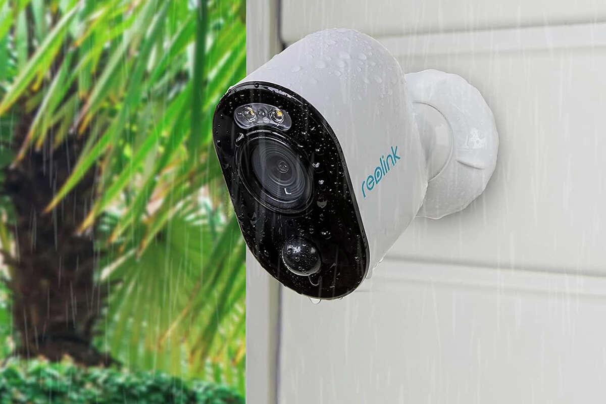 Reolink Argus 3 Spotlight camera for $97.74 at Amazon