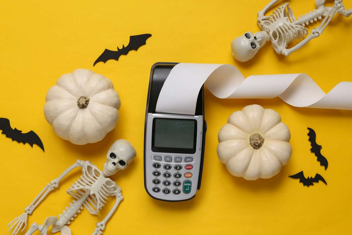 On a tight budget? It's still possible to trick out your house for Halloween.