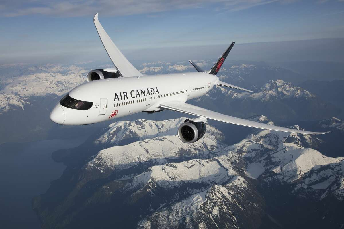Air Canada Boeing 787-9 flying over the Rockies