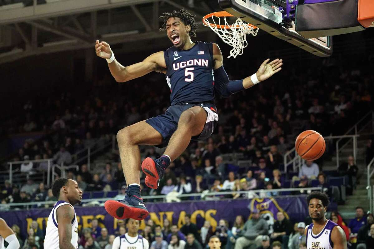 GREENVILLE, NC - FEBRUARY 29: Connecticut Huskies forward Isaiah Whaley (5) dunks the ball during a game between the Connecticut Huskies and the East Carolina Pirates on February 29, 2020 at Williams Arena at Minges Coliseum in Greenville, NC. (Photo by Greg Thompson/Icon Sportswire via Getty Images)