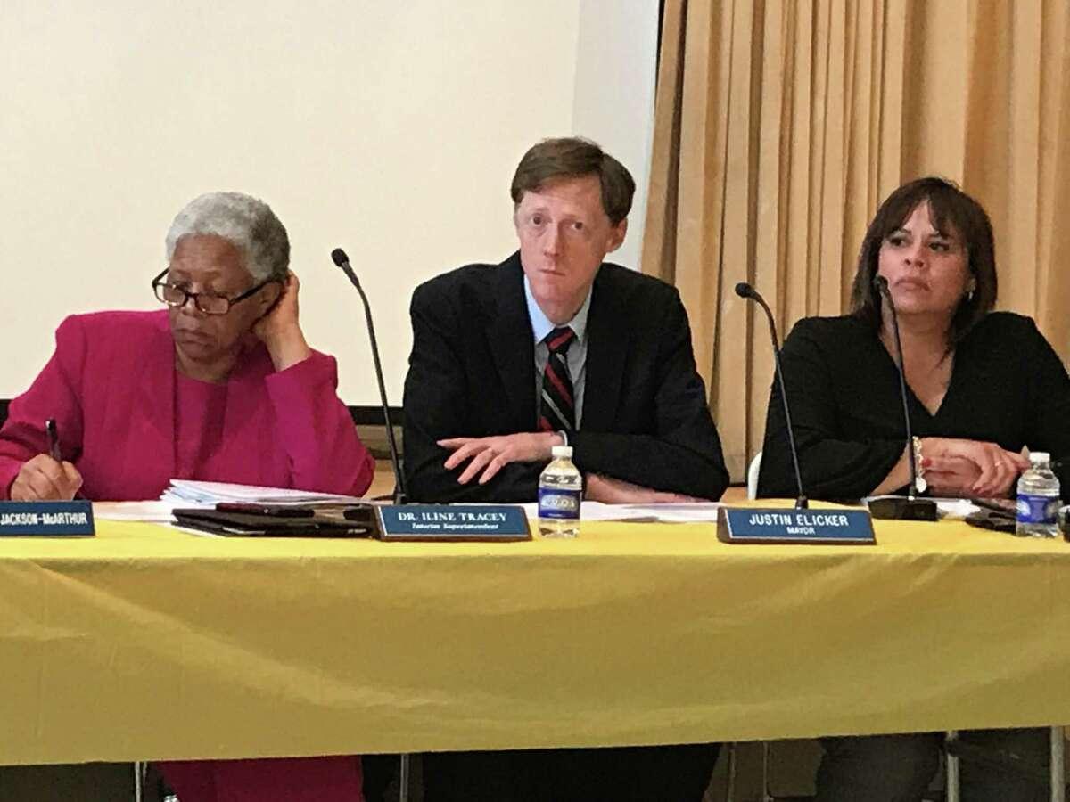 New Haven interim Superintendent of Schools Iline Tracey, Mayor Justin Elicker and Board of Education President Yesenia Rivera, 2020.