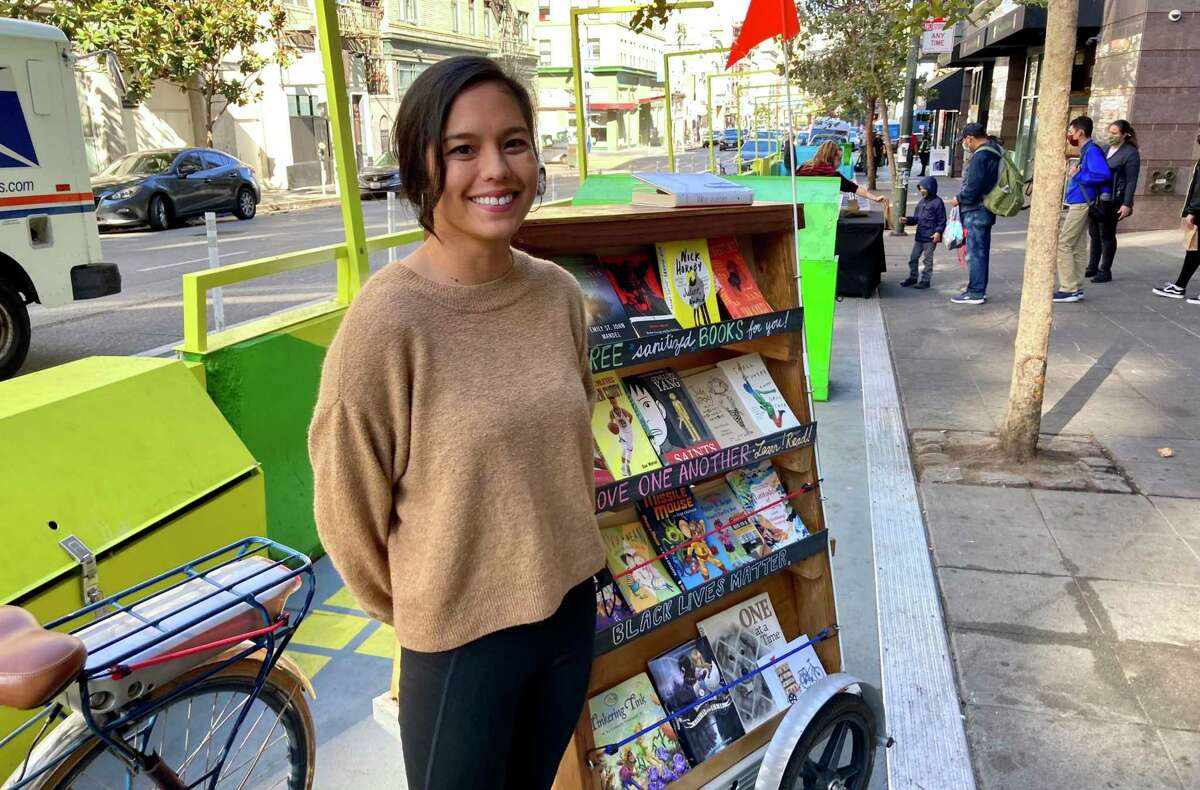 Alicia Tapia created the Bibliobicicleta, a rolling pop-up library that was conceived in 2013, and is currently providing books to children and other residents of the Tenderloin neighborhood in San Francisco.