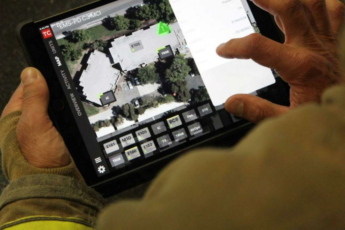 Tablet Command allows incident commanders the versatility to manage their crews on a map.