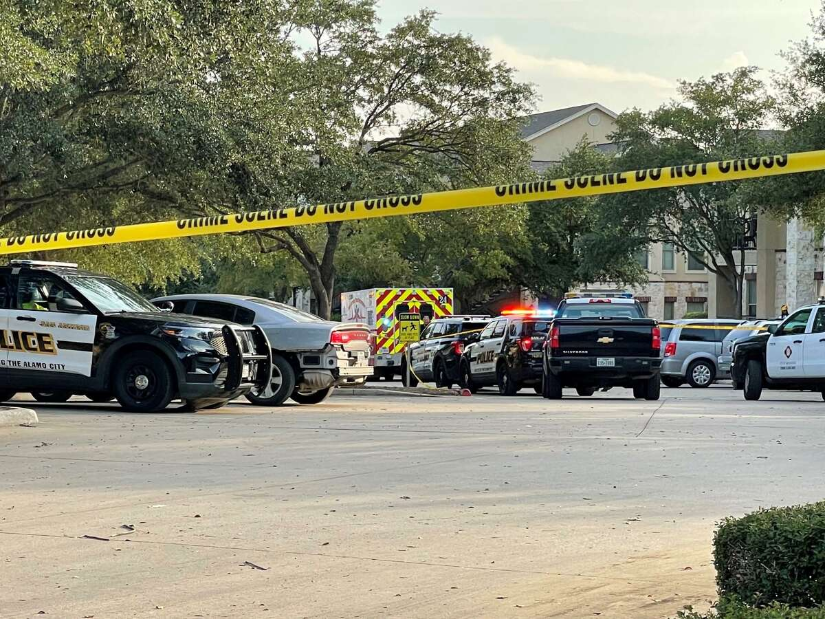San Antonio police investigate after a late afternoon shootout left one man dead and two in critical condition on Thursday, Sept. 30, 2021, in the 4000 block of Bentley Drive.