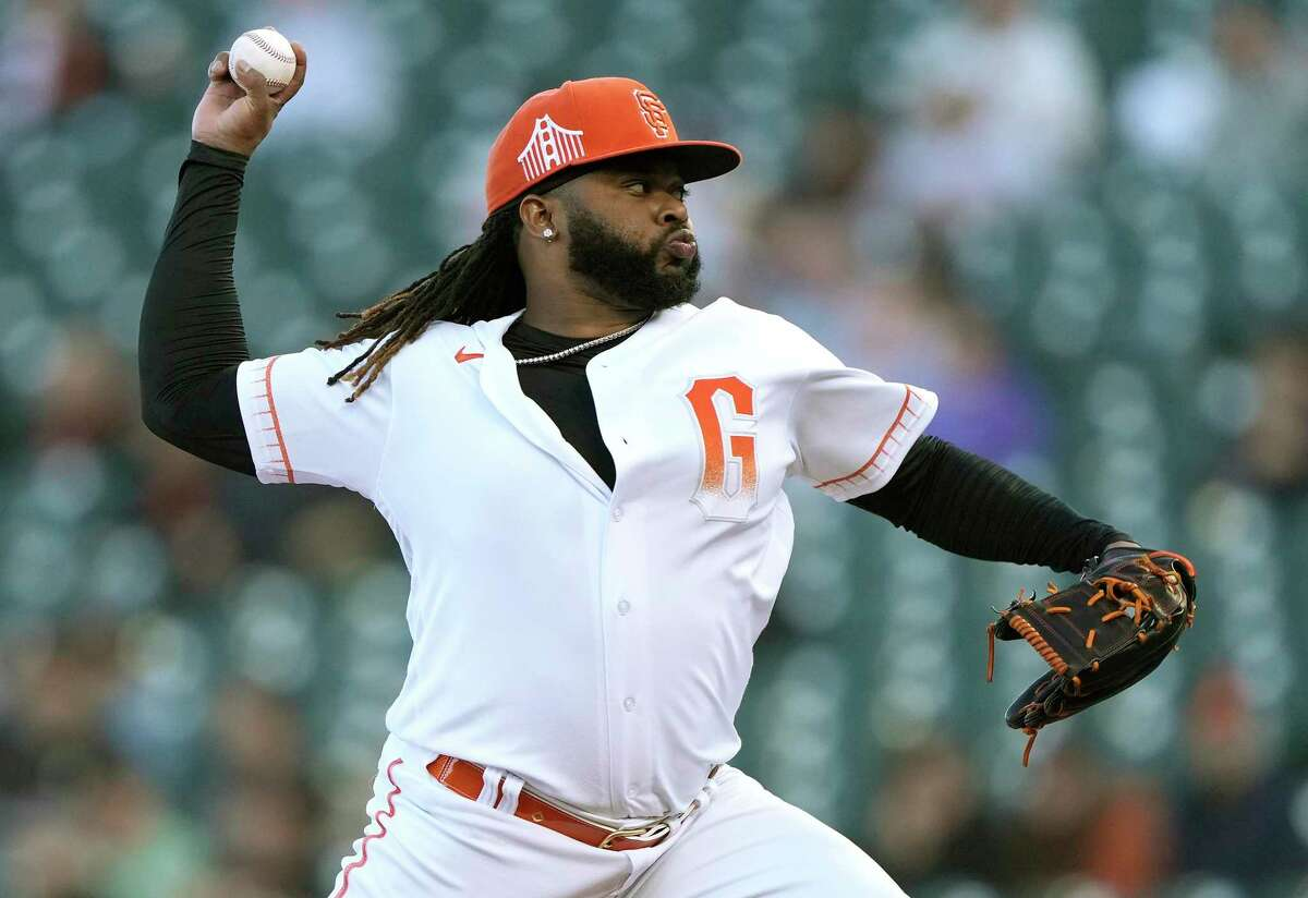 SAN FRANCISCO, CALIFORNIA - AUGUST 31: Johnny Cueto #47 of the San Francisco Giants pitches against the Milwaukee Brewers in the top of the first inning at Oracle Park on August 31, 2021 in San Francisco, California. (Photo by Thearon W. Henderson/Getty Images)