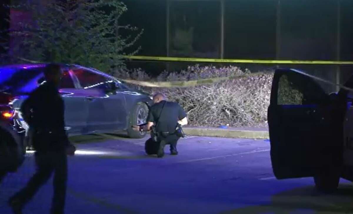 Police investigate a fatal shooting outside a north Houston bar on Rankin Road on Friday, Oct. 1, 2021