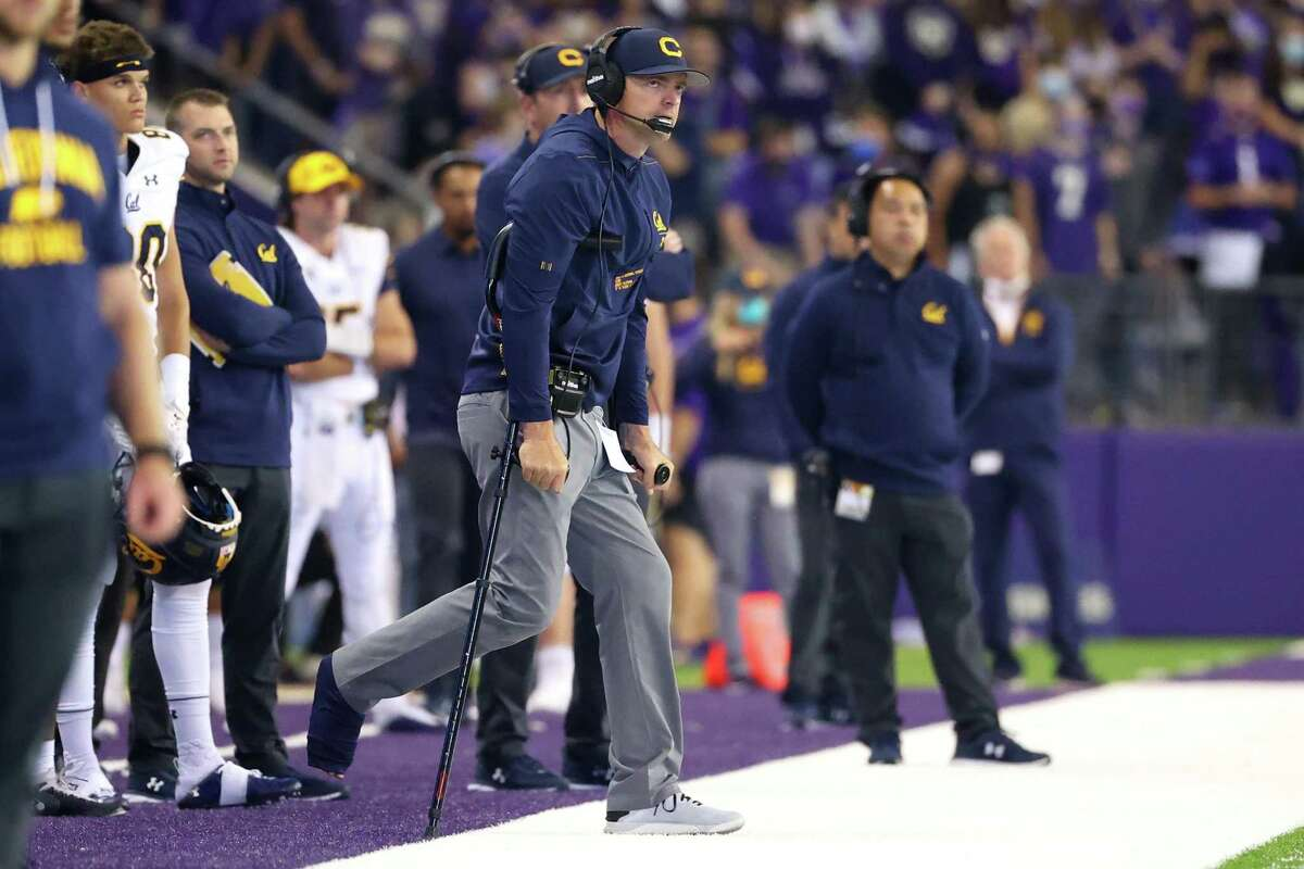 SEATTLE, WASHINGTON - SEPTEMBER 25: Head Coach Justin Wilcox of the California Golden Bears reacts against the Washington Huskies during the third quarter at Husky Stadium on September 25, 2021 in Seattle, Washington. (Photo by Abbie Parr/Getty Images)