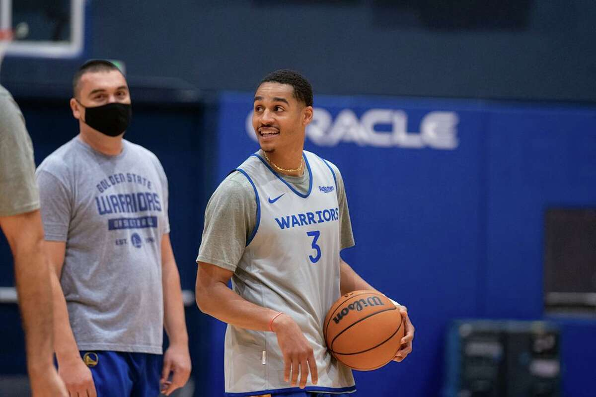 Jordan Poole of Golden State Warriors practices at Chase Center in San Francisco, Calif. on Tuesday, September 28, 2021.