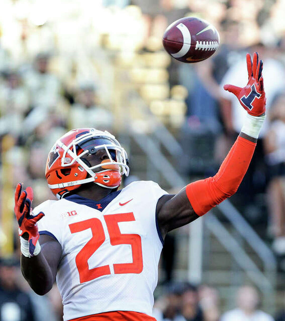 Illinois defensive back Kerby Joseph (25) intercepts the ball in the end zone last week at Purdue.