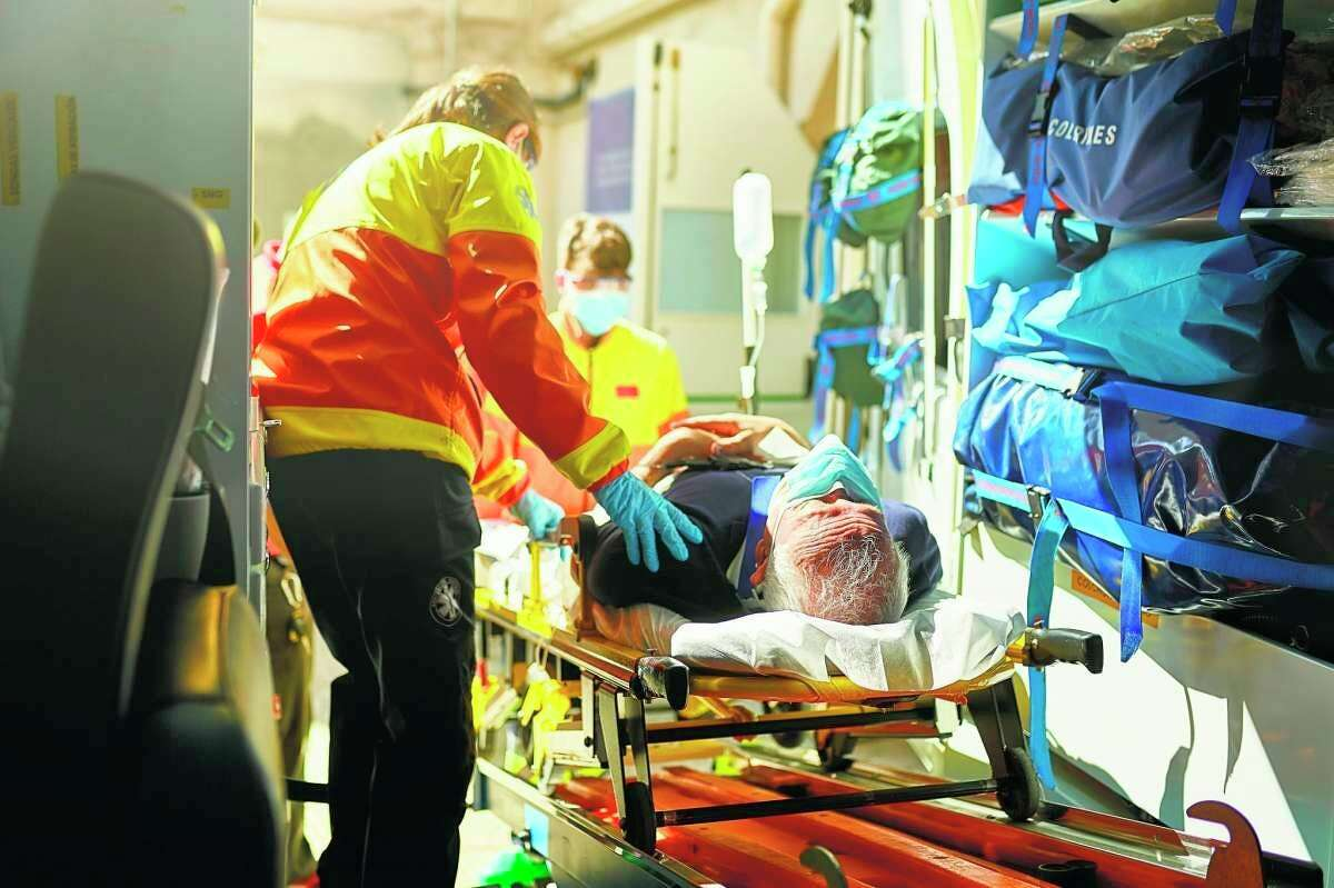Munson Regional EMS Education plans to host a basic EMT training course starting Oct. 18. (Courtesy photo/Getty Images)