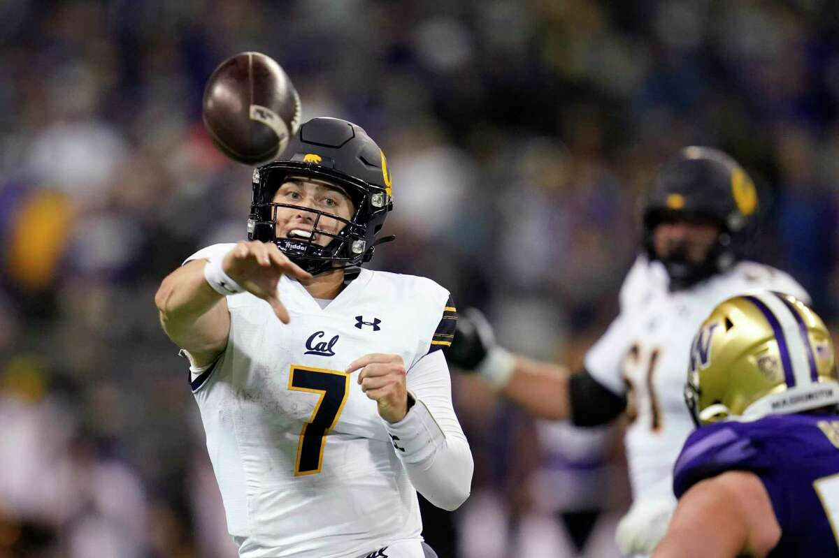 QB Chase Garbers and Cal will face Washington State in Berkeley at 2:30 p.m. Saturday. (Pac-12 Net)