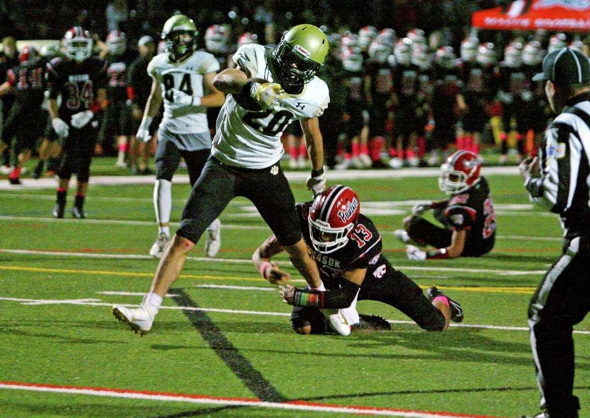 High school football action between Masuk and Daniel Hand in Monroe, Conn., on Friday October 1, 2021.
