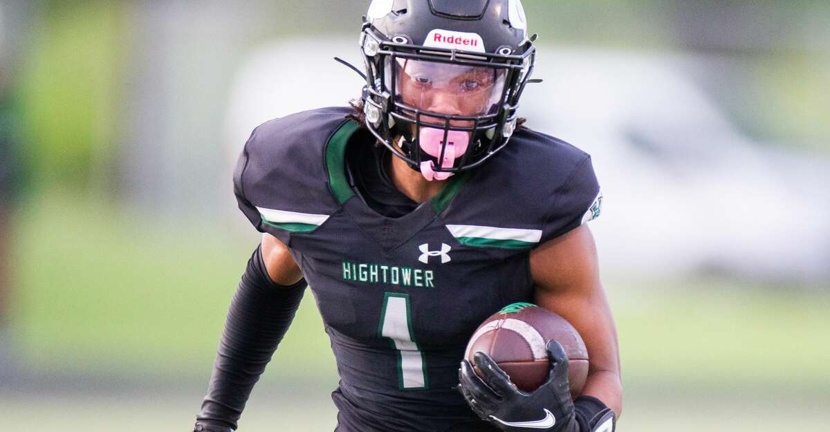 Hightower Hurricanes WR Kaleb Johnson (1) runs for a first down during the first half of action between Angleton vs. Fort Bend Hightower during a District 10-5A Division I high school football game at the Hall Stadium, Saturday, October 2, 2021, in Missouri City. (Juan DeLeon/Contributor)