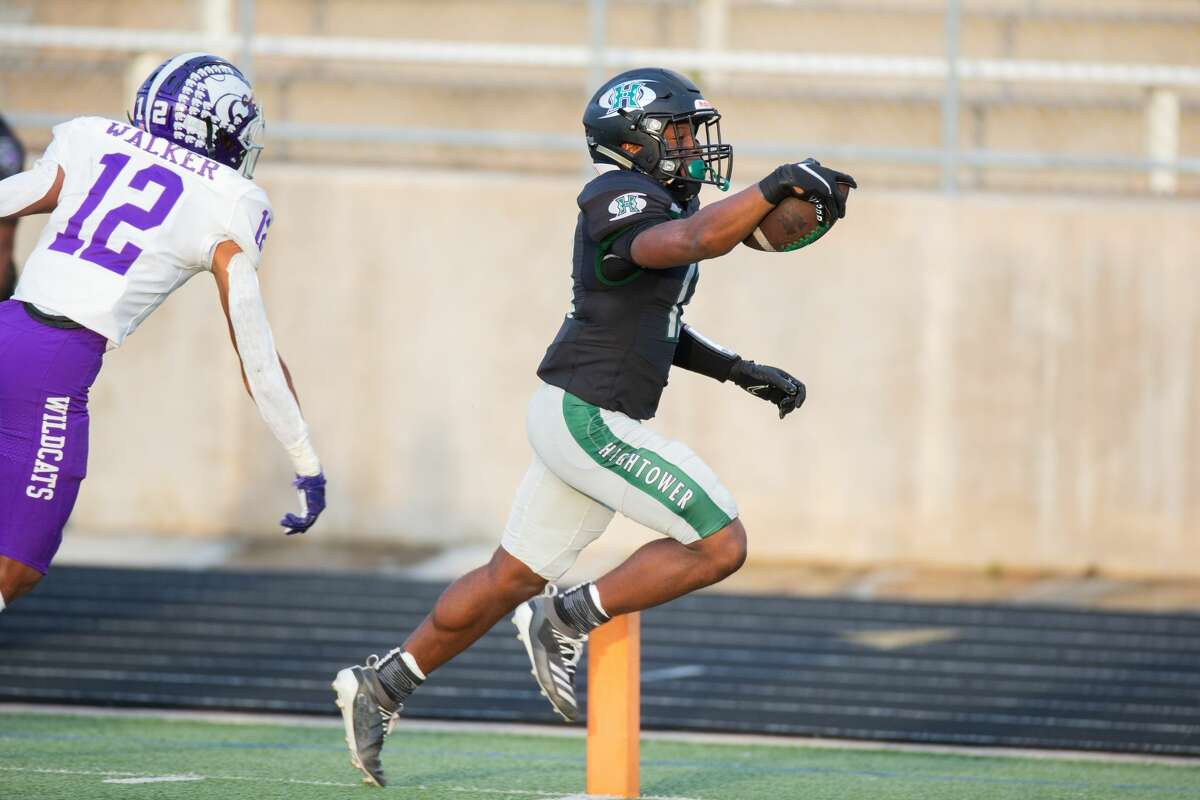 Hightower Hurricanes RB Andreas Missick-Duncombe (13) scores a touchdown during the first half of action between Angleton vs. Fort Bend Hightower during a District 10-5A Division I high school football game at the Hall Stadium, Saturday, October 2, 2021, in Missouri City. (Juan DeLeon/Contributor)