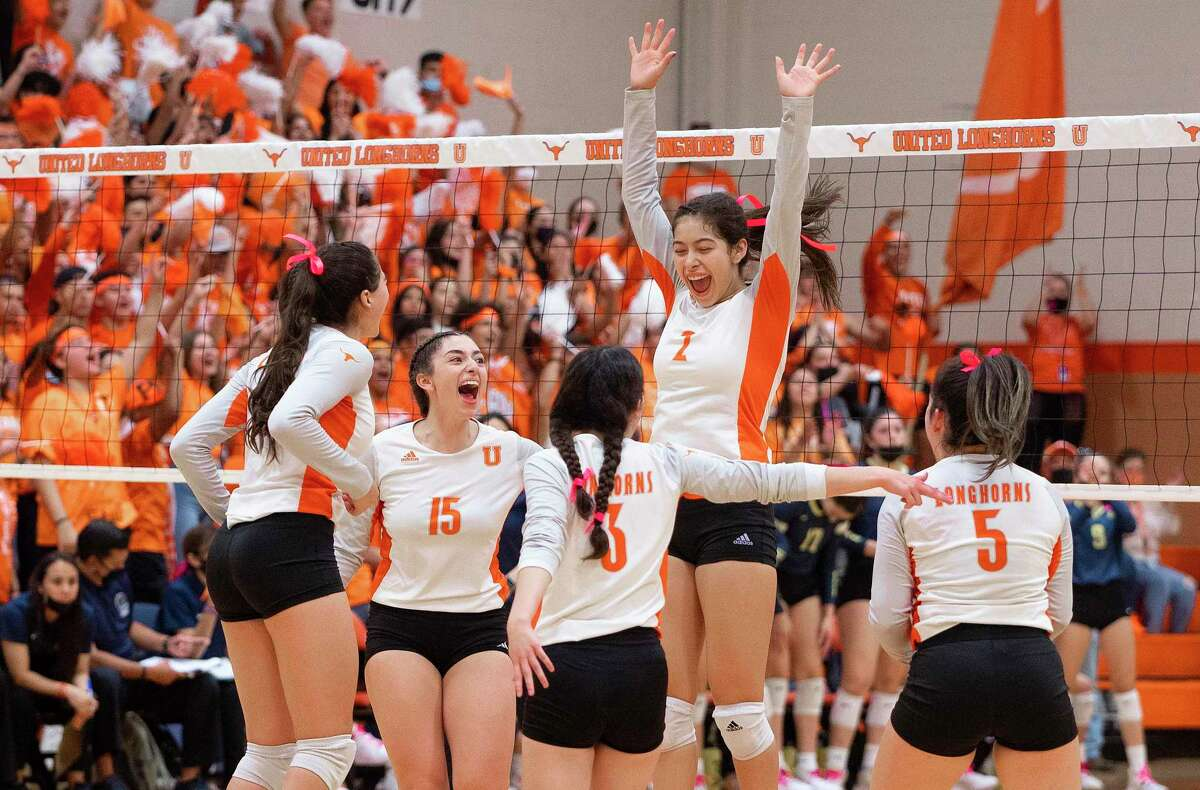 The United Lady Longhorns swept the Alexander Lady Bulldogs on Saturday.