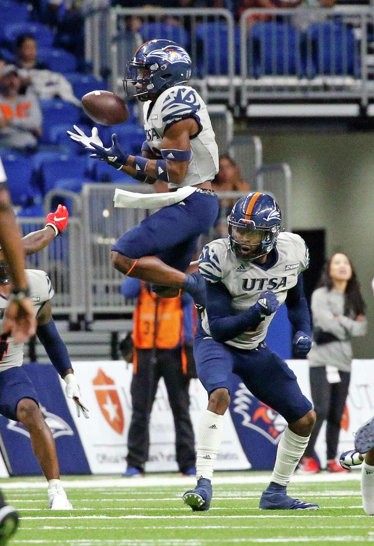 UTSA defensive back Jamal Sam (13) makes an interception in second half. UTSA defeats UNLV 24-17 on Saturday, Oct. 2, 2021.