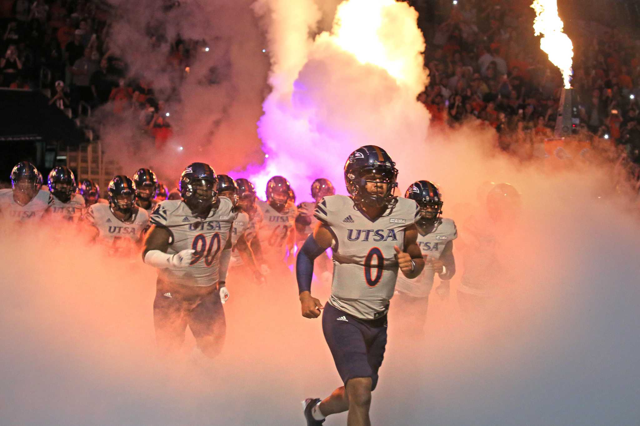 San Antonio celebra un fin de semana ganador en el fútbol universitario