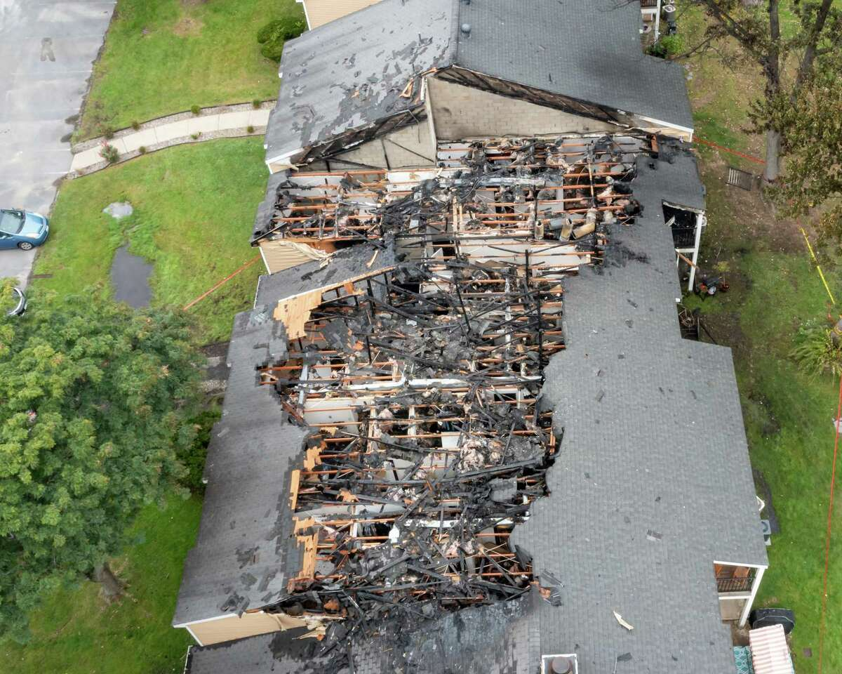 A fire at the Twin Lakes apartment complex on Lakeview Drive in Clifton Park on Saturday, Oct. 2, 2021, displaced a number of residents. (Jim Franco/Special to the Times Union)