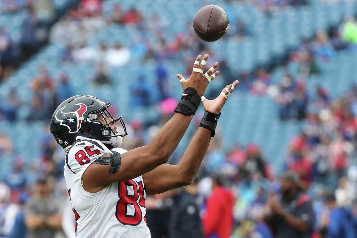 Houston Texans tight end Pharaoh Brown (85) warms up before an NFL football game against the Buffalo Bills Sunday, Oct. 3, 2021, in Orchard Park, N.Y..