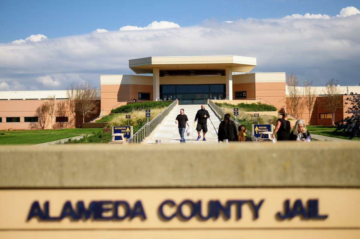 Alameda County agreed to improve mental health care at Santa Rita Jail as part of a settlement of a lawsuit.