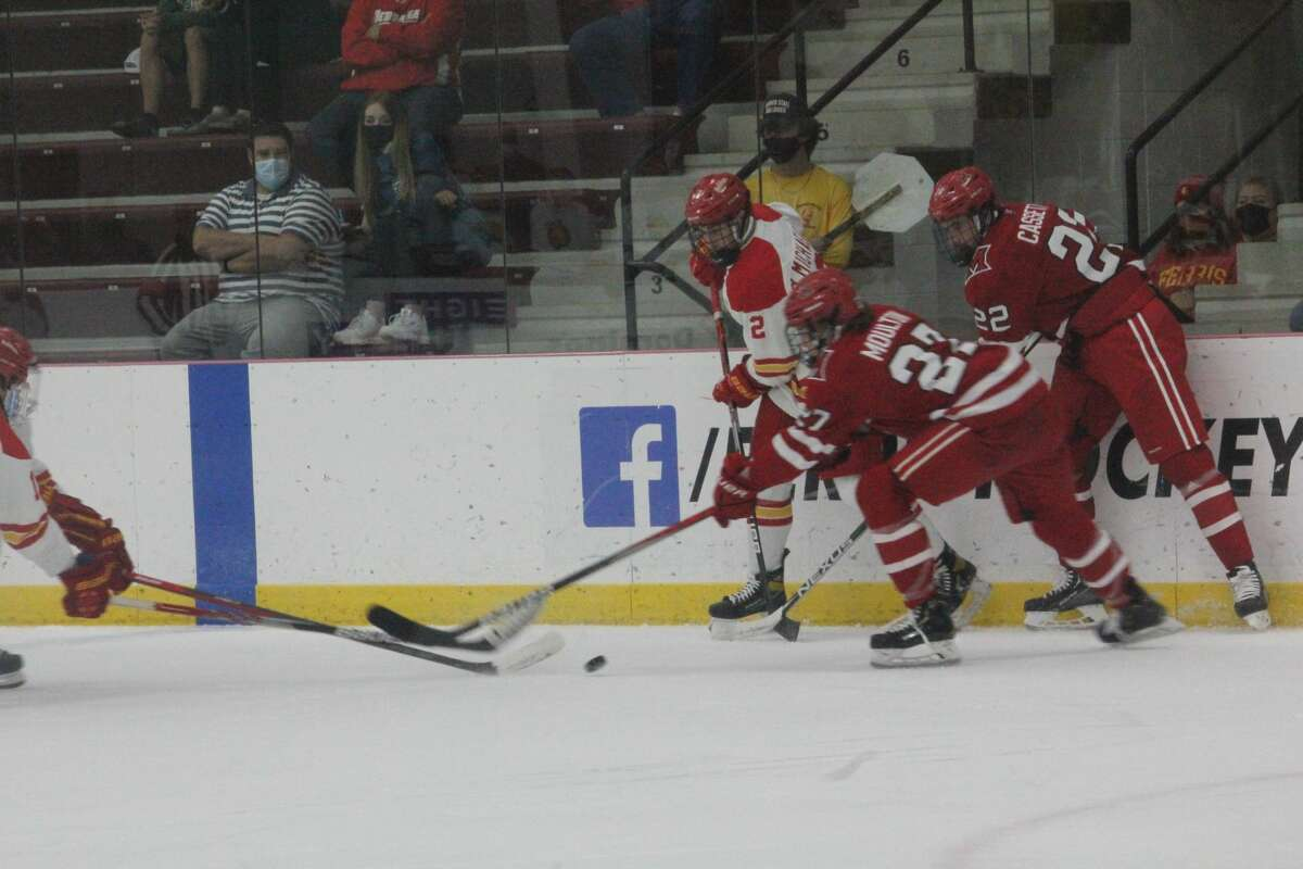 Ferris' Stepan Pokorny scored the game-winning short-handed in overtime for a dramatic 4-3 win over Miami on Sunday/